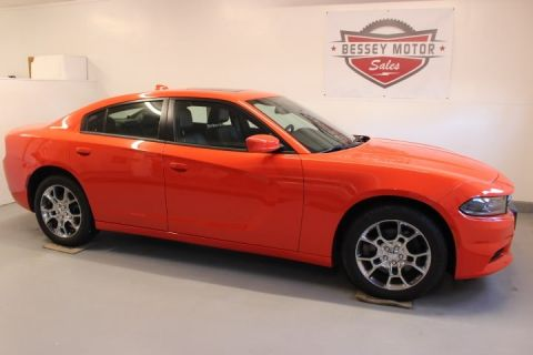 PRE-OWNED 2016 DODGE CHARGER SXT WITH NAVIGATION & AWD